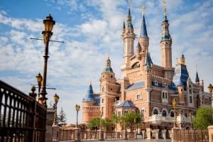 翔锐团建 | 上海迪士尼一日游,一起开启一场惊奇之旅吧!